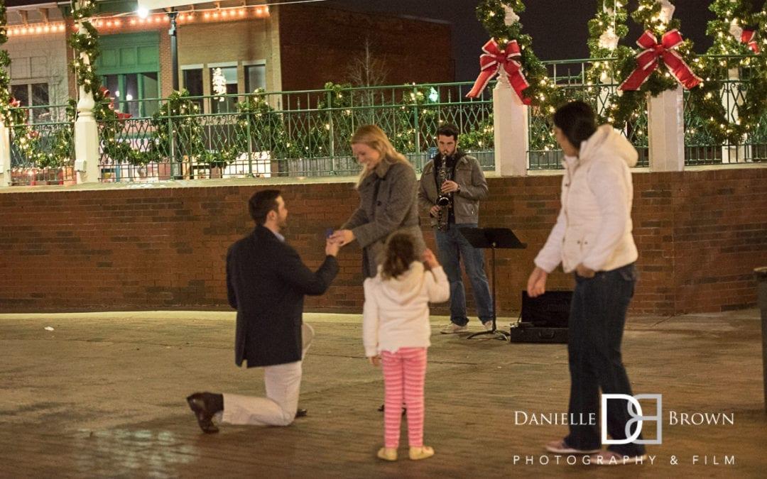 marietta sq surprise proposal | atlanta wedding photography